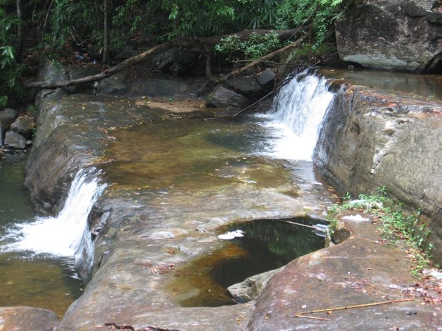 Vazhvanthol Waterfalls, Thiruvananthapuram