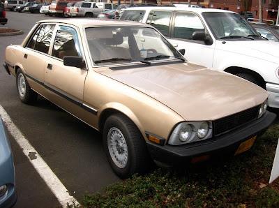 old parked cars 1983 peugeot 505 sedan. Black Bedroom Furniture Sets. Home Design Ideas
