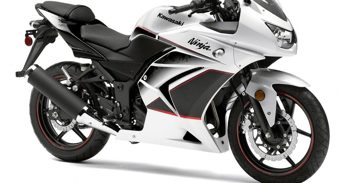 Burn the Hell's Highway: 2011 Kawasaki Ninja 250R