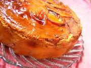 Карамелова торта с праскови