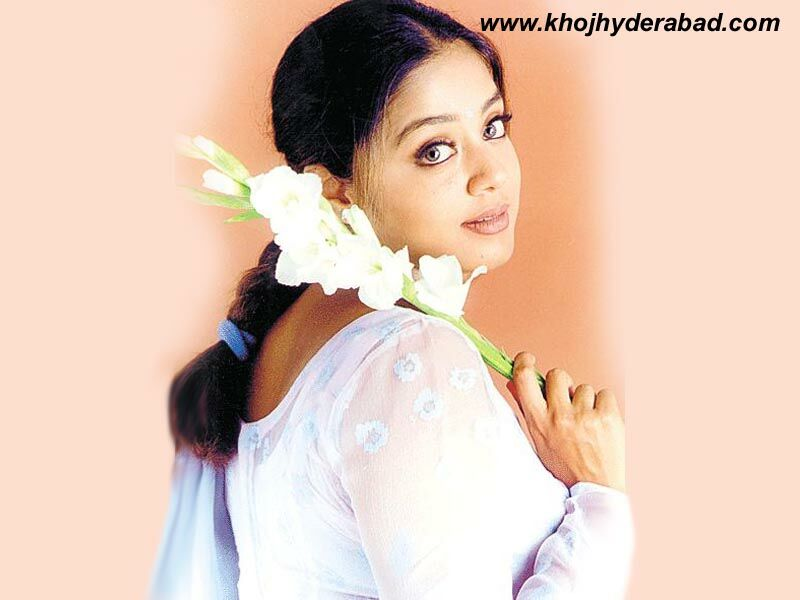 Did Deepika Padukone Act With Jyothika In A South Indian: VERY HOT PICS: JYOTHIKA HOT PICS