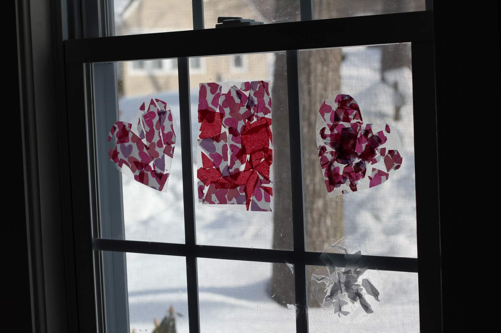 Easy Valentine's Day Window Decorations - momgineer