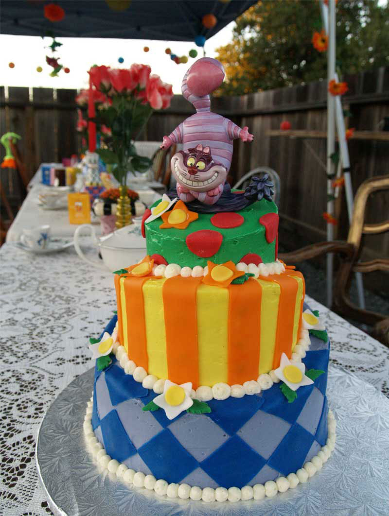 Wedding Cakes Pictures Alice In Wonderland Mad Hatter Cake
