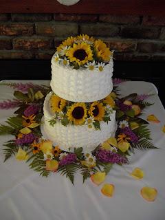 Wedding Cakes Pictures Sunflower Wedding Cakes