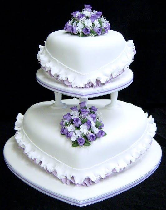 wedding cakes pictures august 2010. Black Bedroom Furniture Sets. Home Design Ideas