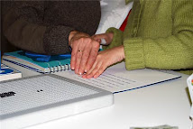 Braille e materiais para deficiencia visual.