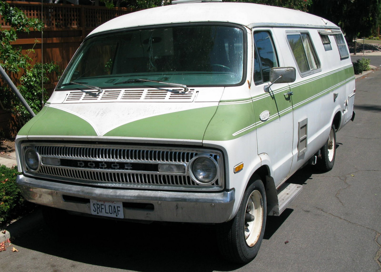 Dodge Explorer Camper Van – HD Wallpapers