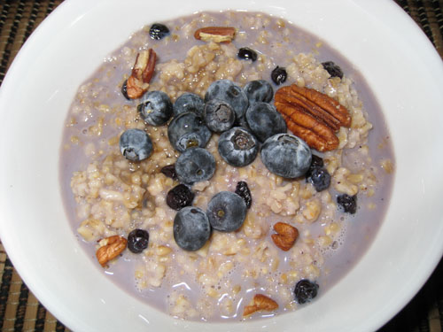 Blueberry Oatmeal with Pecans and Maple Syrup