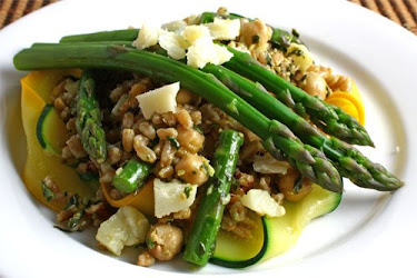 Asparagus and Zucchini Farro Salad