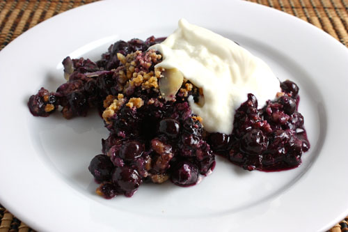 Blueberry Amaretti Crisp