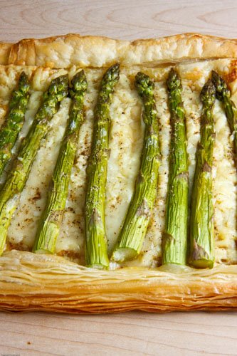 Asparagus and Gruyere Tart