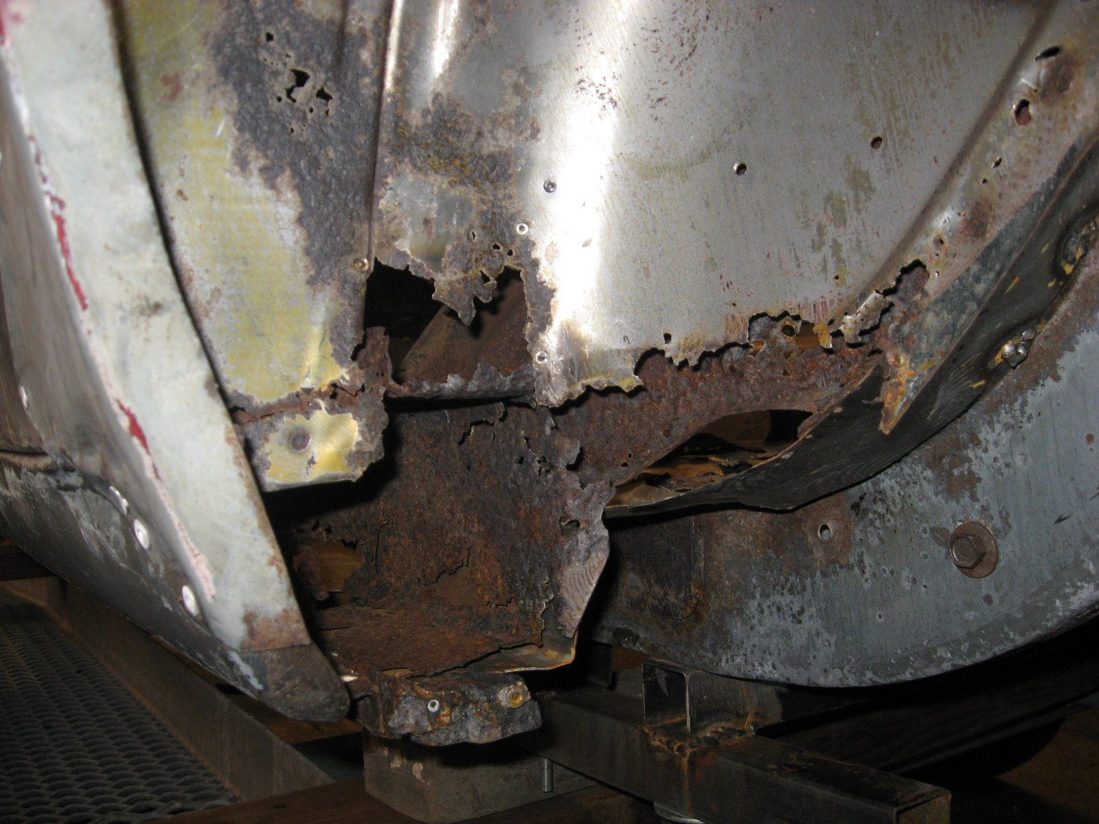 Restoration Of A 1965 Mustang Left Wheelhouse And Flare