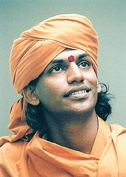Swami nithyananda with tamil actress - 2 1