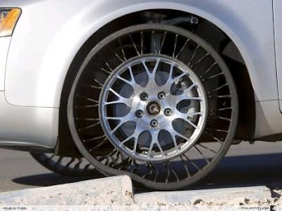 create2destroy new michelin run flat tires hot dang. Black Bedroom Furniture Sets. Home Design Ideas
