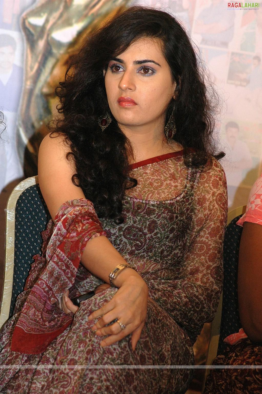 Indian Celebrity Sexy Girls: Archana Veda Hot Stills