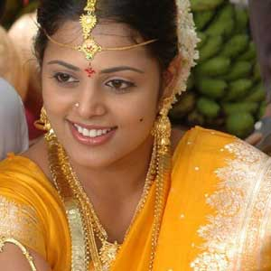 Actress Sindhu Menon Married to Lover Prabhu