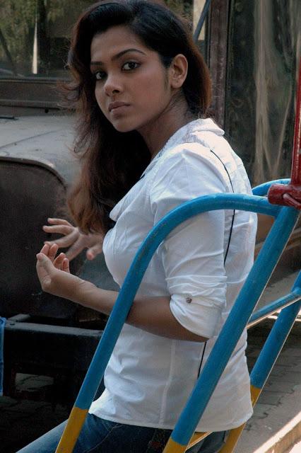 Sandhya Latest Stills 4