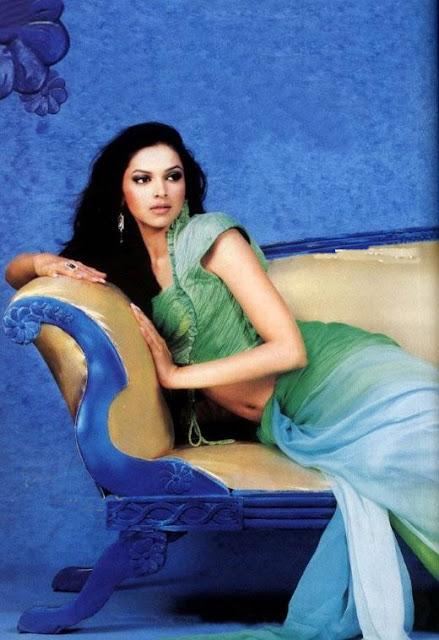 Deepika Padukone Great Combination Saree