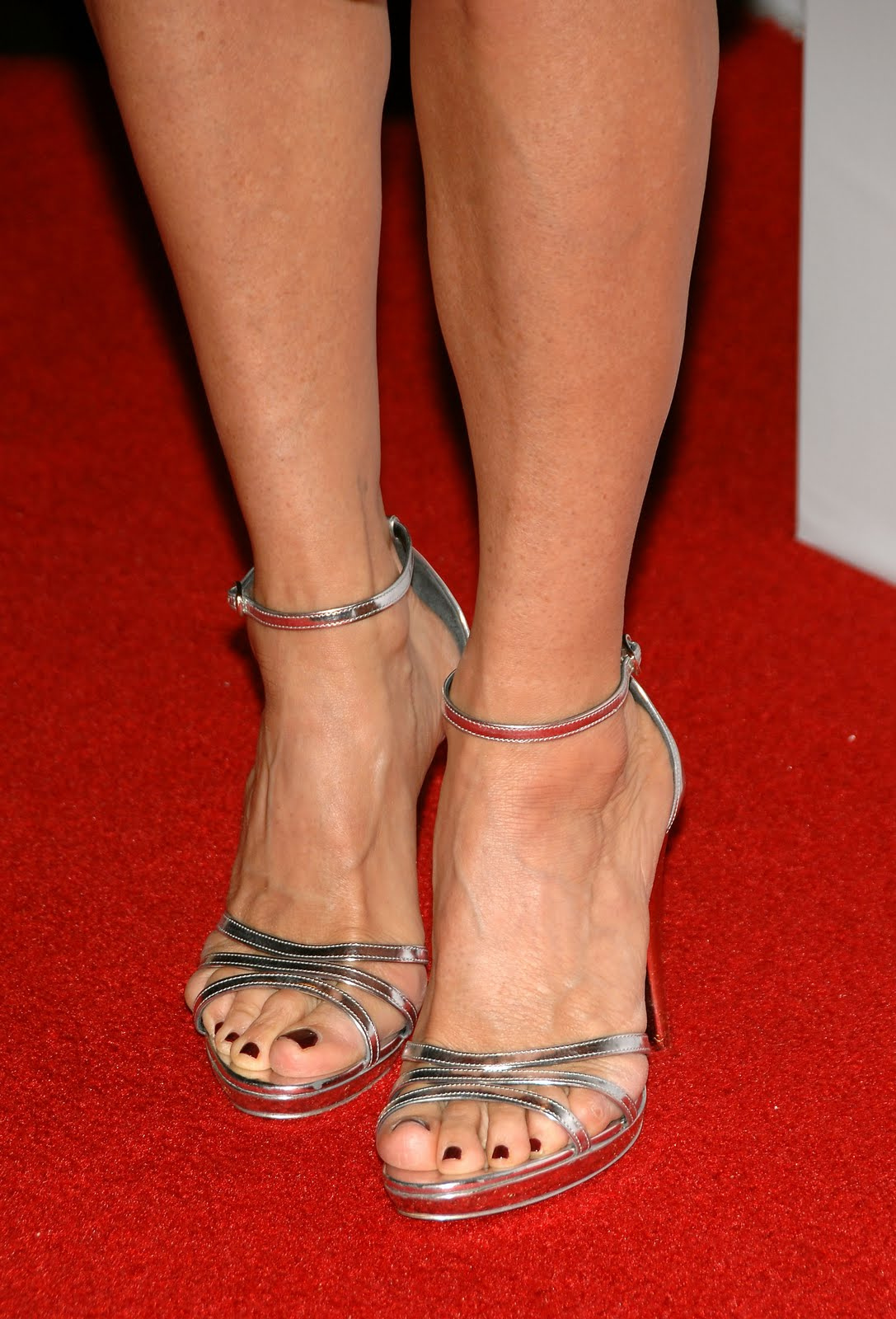 courtney cox feet pics