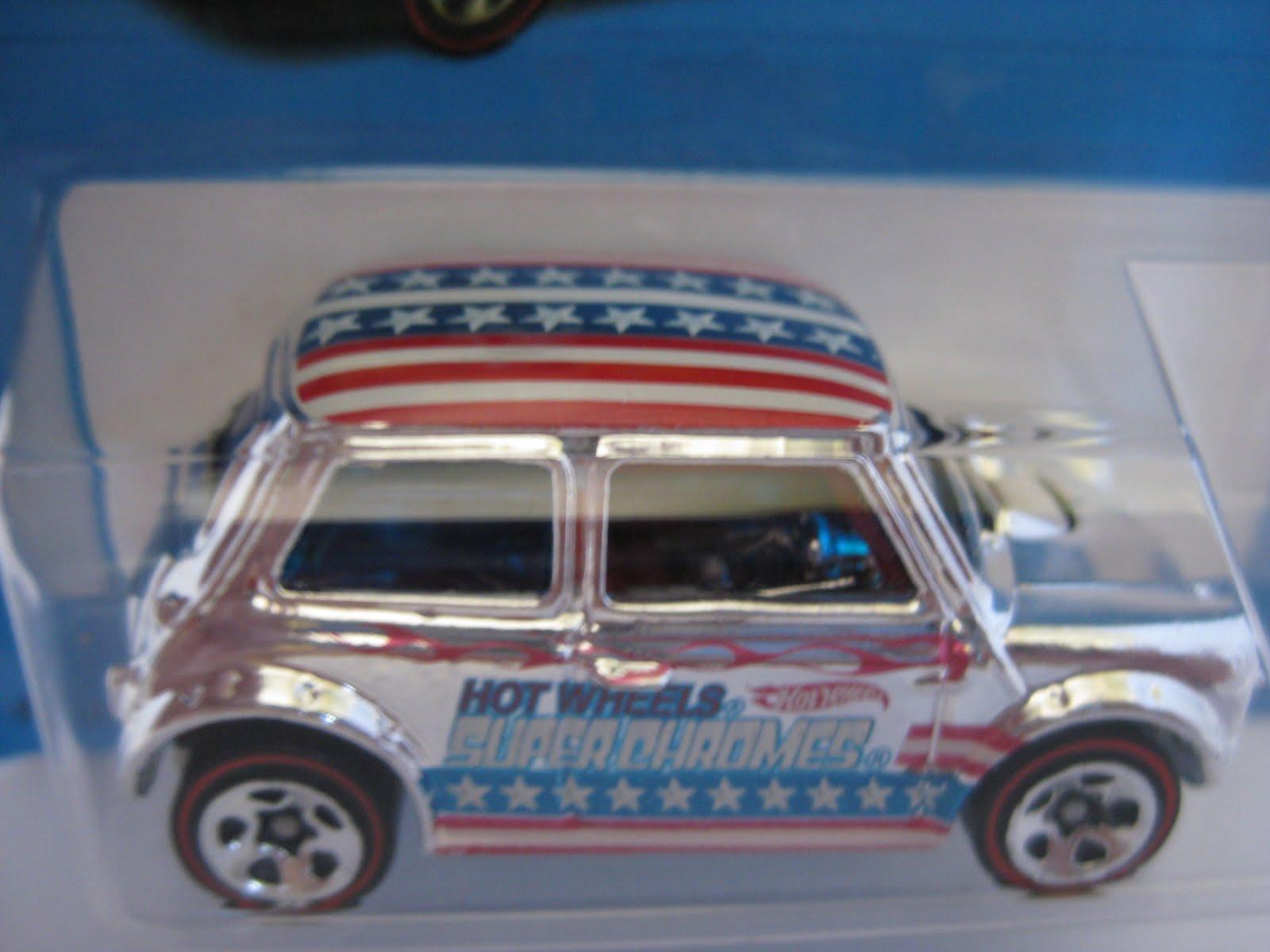 Minikulit Collection Hot Wheels Morris Mini Super Chromes