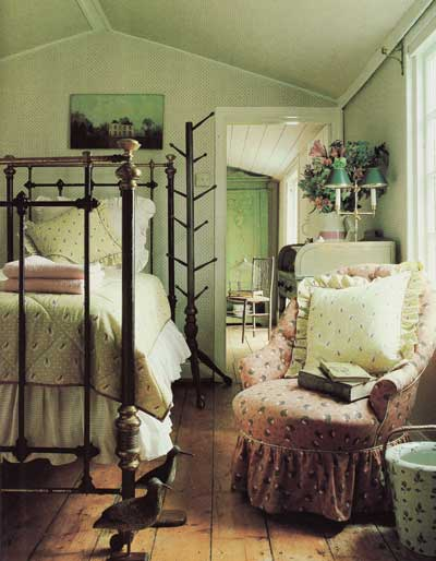 Laura Ashley Room Design Ideas: Happily Ever After: Pretty Rooms, Vintage Style