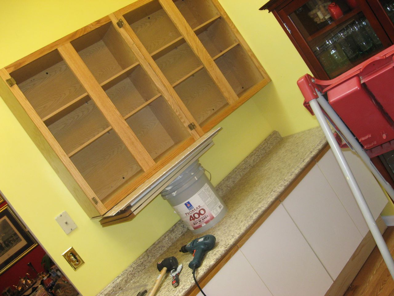 DIY: Kitchen Cabinets
