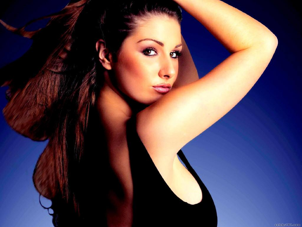 Lucy Pinder Wallpapers Hot Girl In Bra And Without Clothes -7700