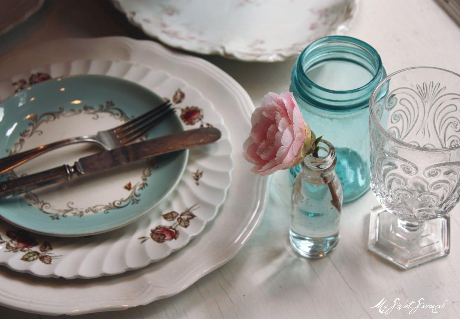 My Sweet Savannah Vintage Table Settings