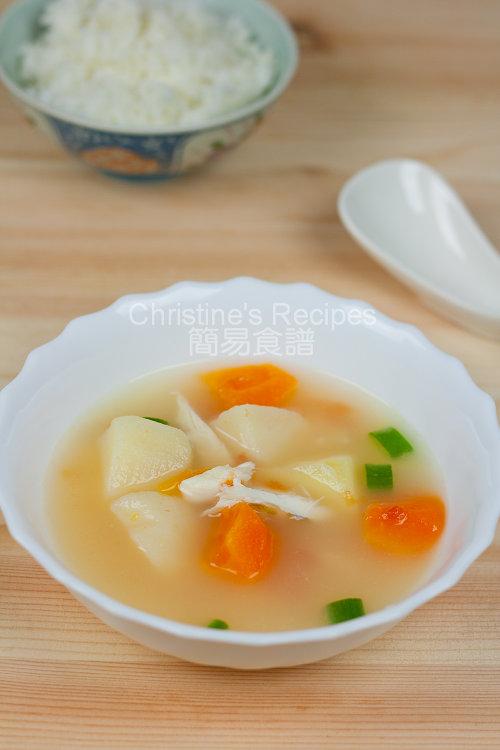 番茄薯仔魚湯【家常湯水】Fish, Tomato and Potato Soup   簡易食譜 - 基絲汀: 中西各式家常菜譜