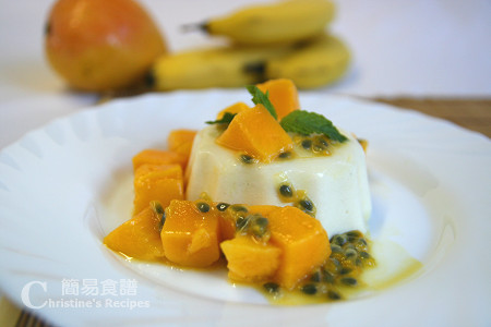 意式芒果奶凍 Pandan Panna Cotta with Mango and Passionfruit