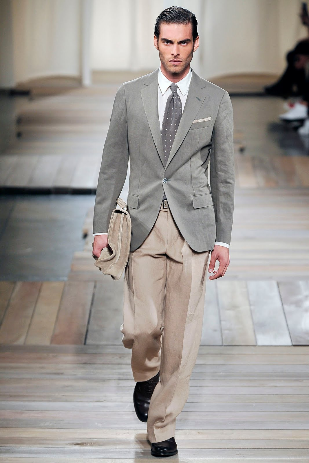What To Wear Grey Blazer White Button Up Shirt Grey Tie White