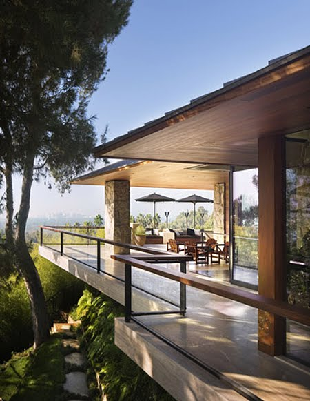 Architectural Digest: CONCEPT INTERIORS: CELEBRITY HOMES, JENNIFER ANISTON