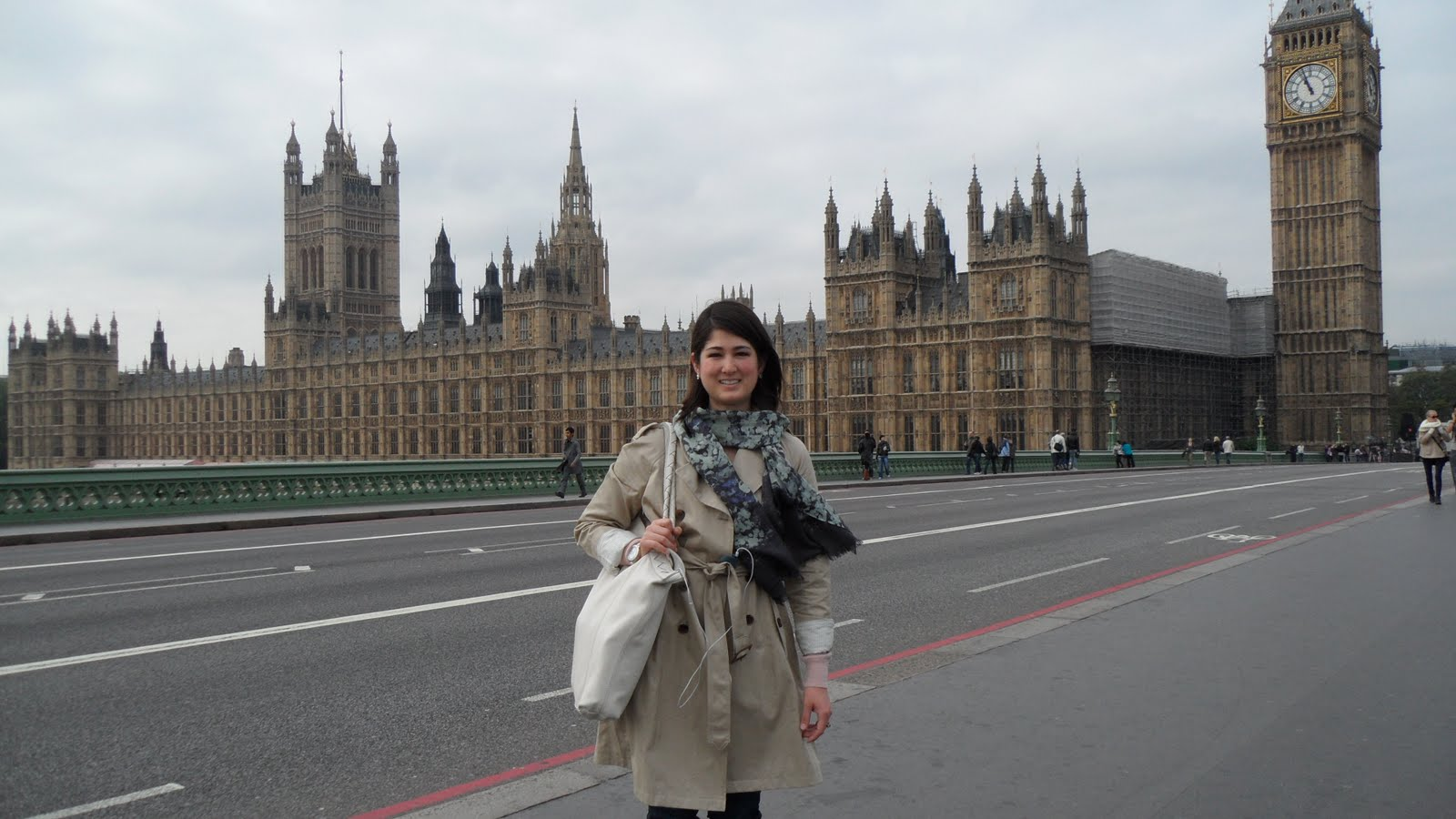 London Weather: Texas Heart, London Eye: It's A Beautiful Day In The