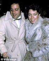 promo code 8badb cf142 La sua vita privata non è stata così fortunata come la sua carriera. Si  sposò prima con la sua manager Elisabeth Weber, poi con la supermodella  Christie ...