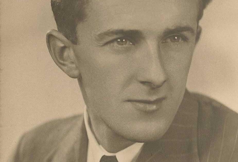 Robert Ayton robert williams