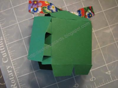 present pop up card