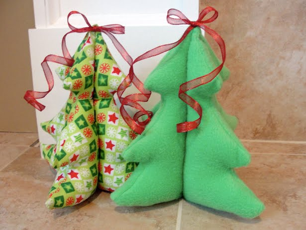 The Pursuit Of Happiness: Festive Stuffed Christmas Trees