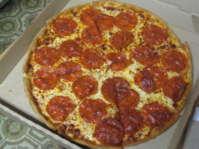 Review Pizza Hut Thin N Crispy Pepperoni Pizza Brand