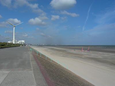 Dunkerque parc du vent digue plage par pierre-yves gires