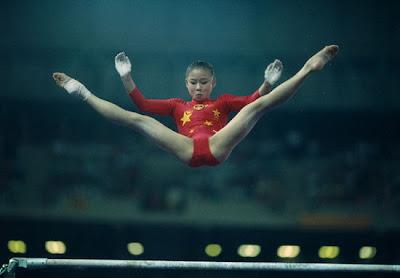 Barcelona 1992 - Li Lu, oro en paralelas asimétricas