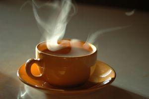 हवा गरम, फिजा गरम, दायर भी गरम-गरम  मै पी रहा हू चाय सी ये जिन्दगी गरम-गरम