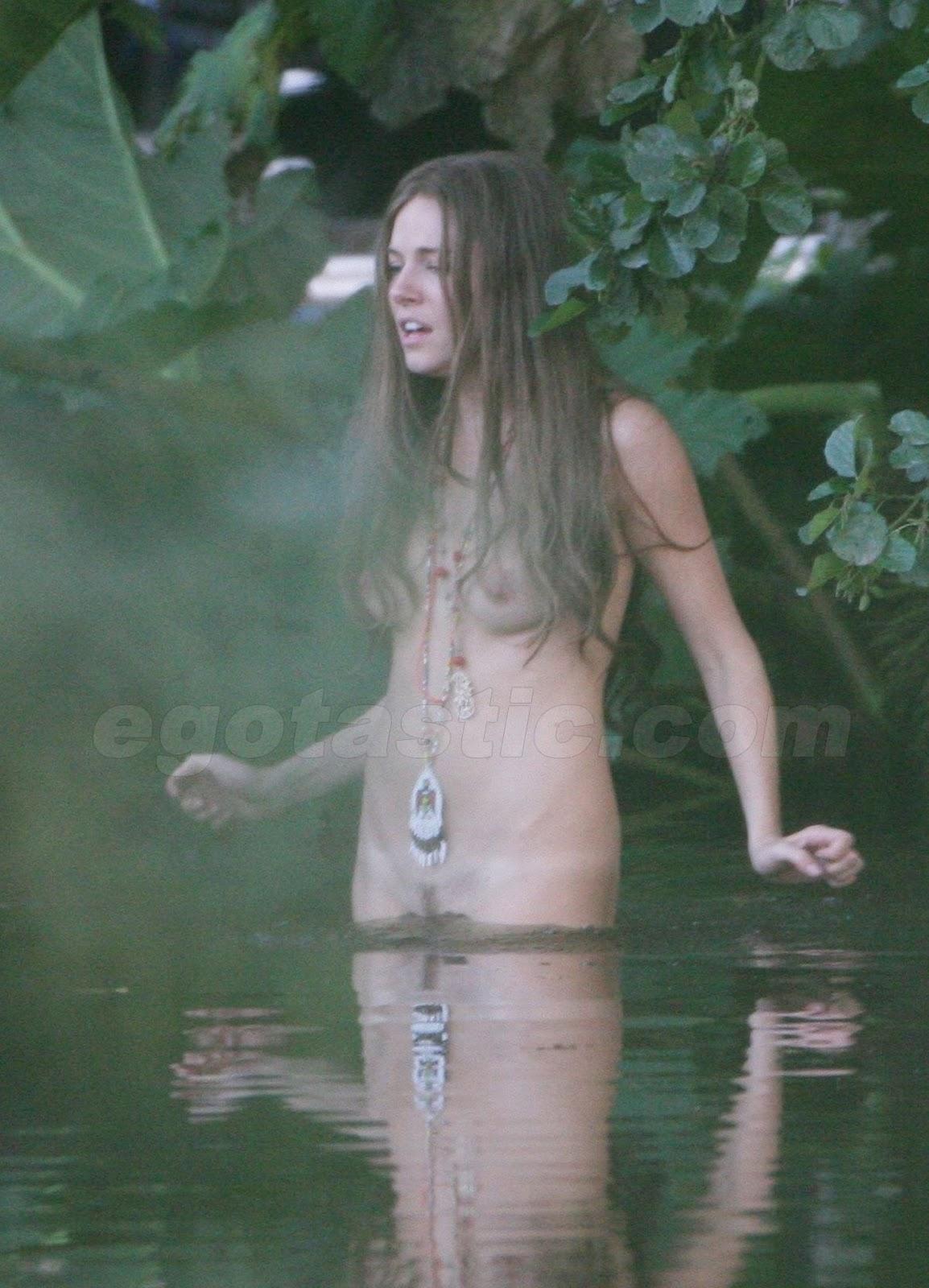 sienna nude