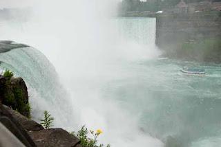Maid of the Mist Boat Horseshoe Falls Niagara Falls New York USA