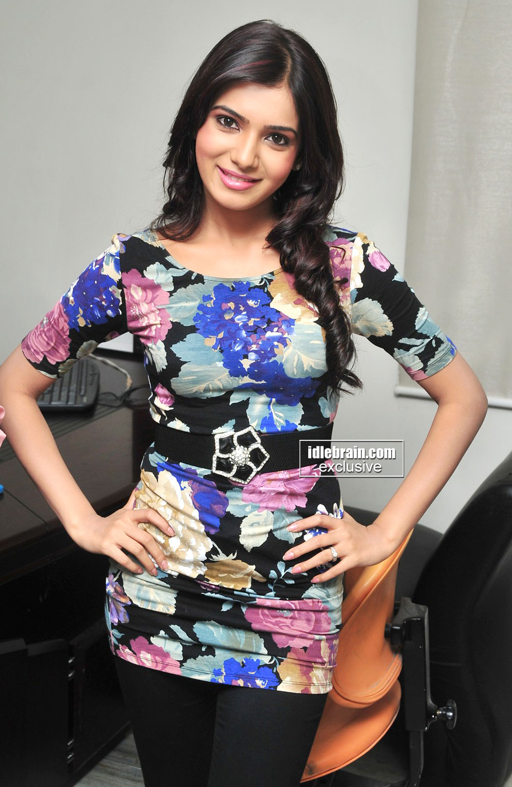 Samantha latest Hot Pics - 4 Pics