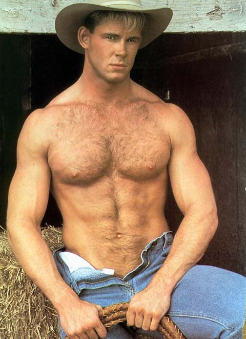 Hombres peludo sano rubio