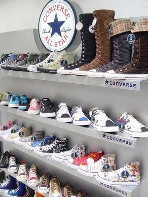 0bcce5d4936 São esses sapatos lindos e mega estilosos que fazem a nossa cabeça. HÁ  aqueles que dizem que all star são para os emos