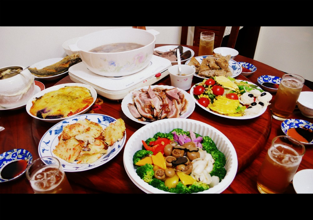 LONELY煢煢 : 2011陽明春天年菜+榮榮園招牌紅燒肘子