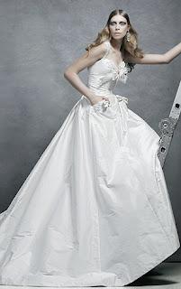 Juli grbac wedding dress
