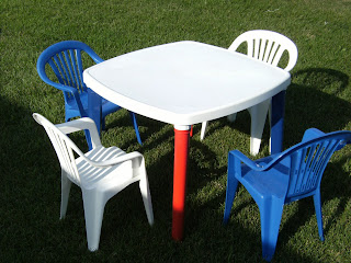 Erummage Blogspot Com Kids Patio Table Amp 4 Chairs Large