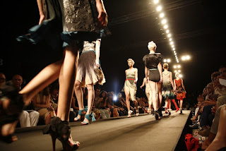 BRAGIA+SS2011+ +4 WHO IS ON NEXT